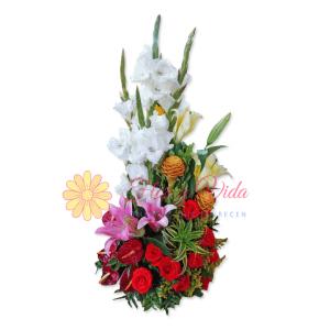 Toma la iniciativa arreglo floral | flor y vida