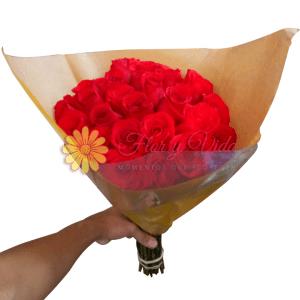 Muestra de amor bouquet de rosas |flor y vida