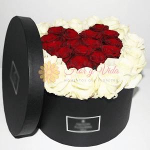 Caja de rosas redonda
